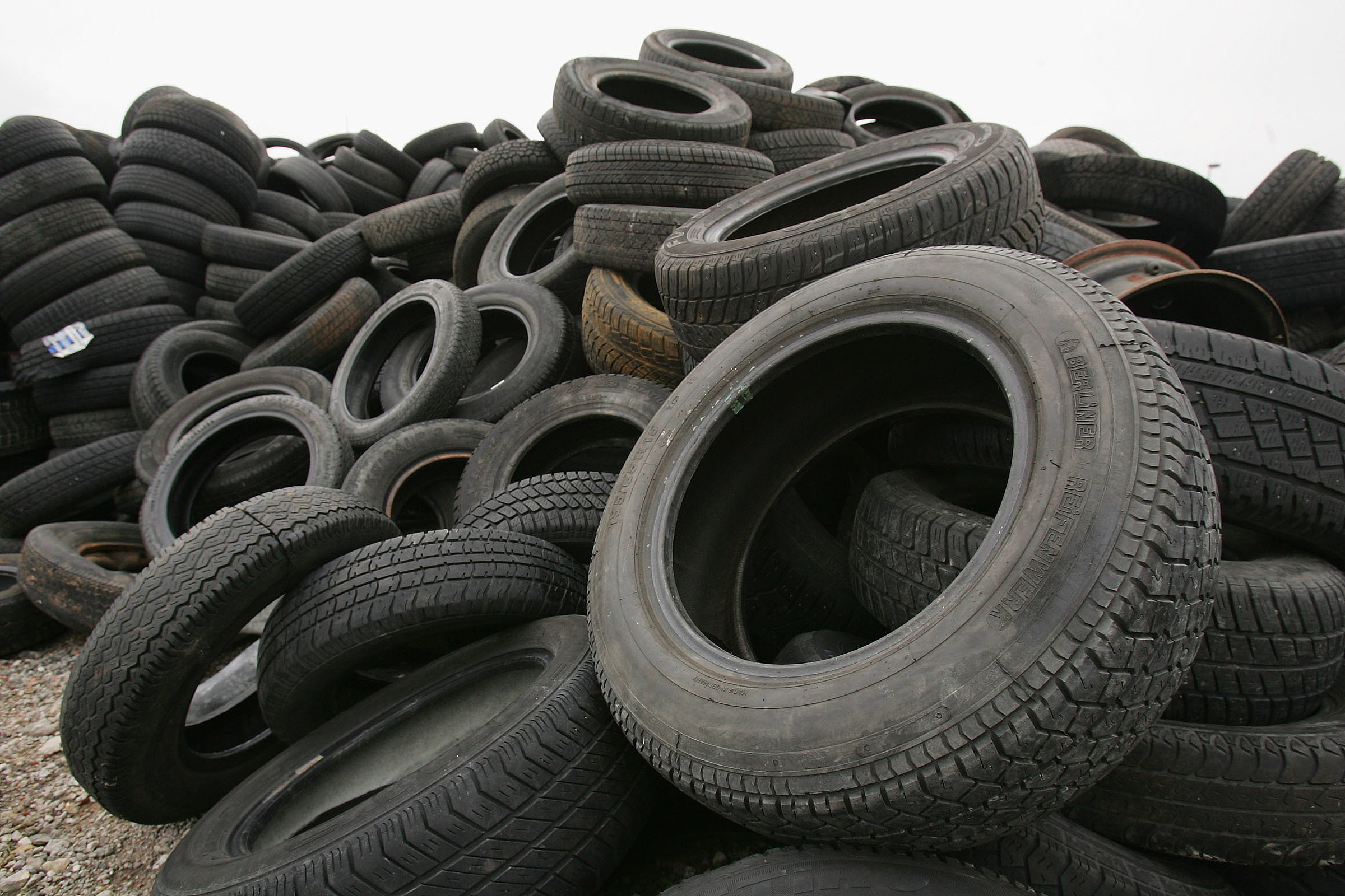 Get free for Uses for old tyres