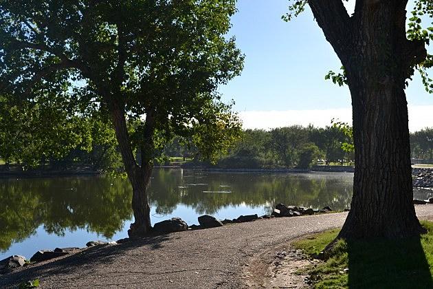 Lake Minnehaha, Holliday Park