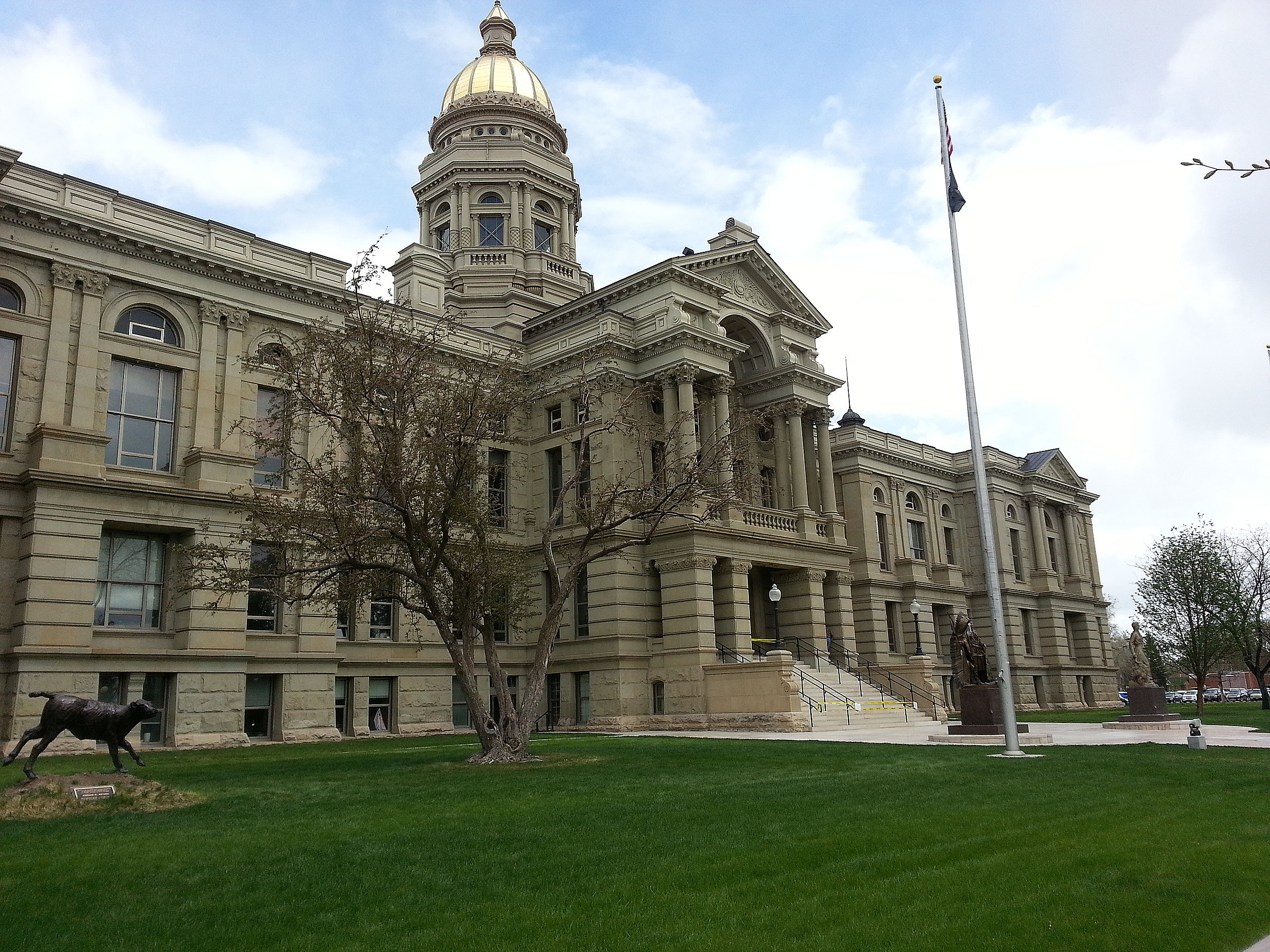 Online Poll: What Is The Biggest Problem Faced by Wyoming? | KGAB